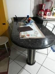 Vendo mesa de mármore