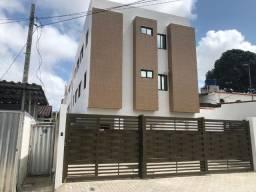 Apartamento com 02 quartos bem localizado no Bairro Jardim Cidade Universitária