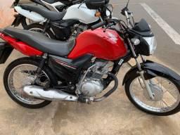CG 125 i fan vermelha Honda 2017