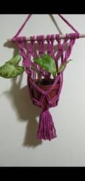 Suporte painel para vaso pequeno em Macramê