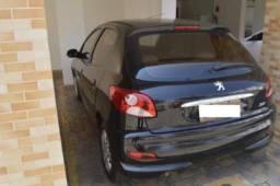 Peugeot 207 2013 . 5500 R$ completo
