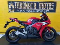 Honda cbr 1000 rr fire blade - 2012 - km 32.000
