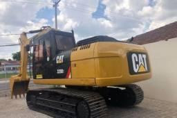Escavadeira Caterpillar 320D2 2014