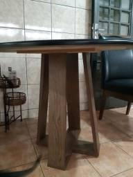Mesa tampo de vidro e 4 cadeiras