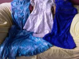 Vestidos de renda 125 cada peça