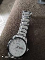 Relógio Magnum em perfeito estado