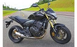 Título do anúncio: Vendo Honda moto Hornet
