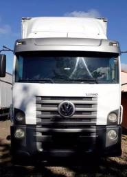 Caminhão vw 13-190 constallation