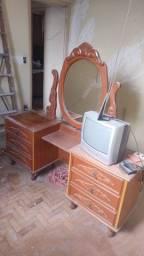 Penteadeira com espelho antiguidades