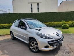 Título do anúncio: Exclusivo Peugeot 207 1.4 2010 Quiksilver