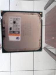 Vendo processador Intel Celeron E3300