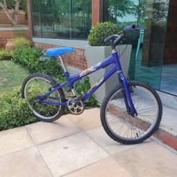Bicicleta Infantil Aro 20 - Cor azul