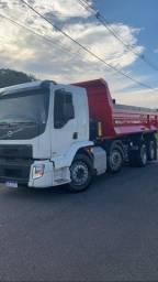 Caminhão para prestação de serviços