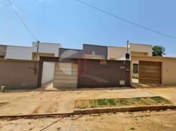 Título do anúncio: Casa com 3 quartos - Bairro Vera Cruz em Aparecida de Goiânia