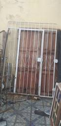 Título do anúncio: Grades de ferro janela/portão