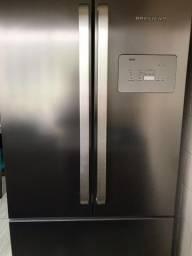 Vendo geladeira top 3800