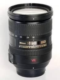 Lente Nikon 18-200VR