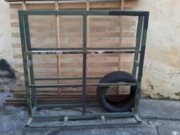 Vendo Cavalete de carregar vidro 350.00 reais zap 5571991064818