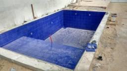 Construímos piscina de alvenaria