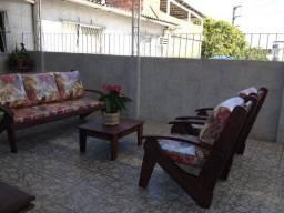 Poltronas sofá de Madeira rústica no polo moveleiro Gravata móveis