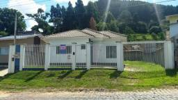 Casa nova, parcialmente mobiliada na Rua Cirilo Vieira Ramos