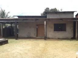 Troco duas casas por uma área de terra