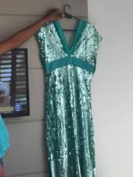 Vendendo esse vestido de festa
