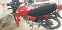 Vende-se moto para roça - 2004