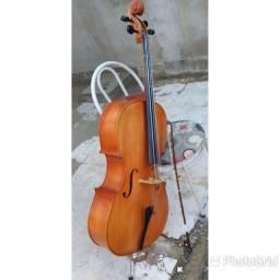 Vendo  violoncelo  artesanal  e ukulele  concert