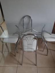 Mesa de Jantar 4 cadeiras - Nova
