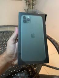 iPhone 11 Pro Max 64GB NOVO LACRADO ANATEL