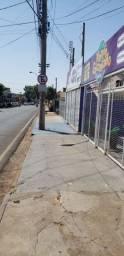 Vendo ou troco imóvel na avenida Fernando Costa