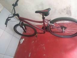 Vendo bicicleta semi nova perfeito estado