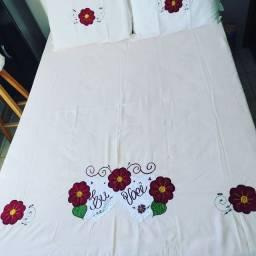 Colcha de cama casal bordadas