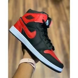 Botas Nike Jordan masculina e feminina..