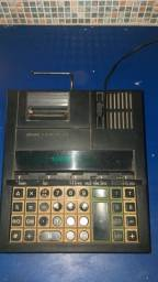 Calculadora de mesa com bobina