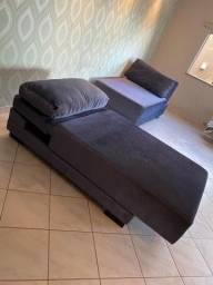 Vende-se lindo Sofá que pode virar cama. Os dois por R$ 2500.00.