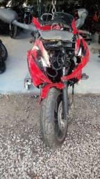 Sucata de moto para retirada de peças CBR 600f 1997