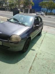 Título do anúncio: Renault Clio sedan