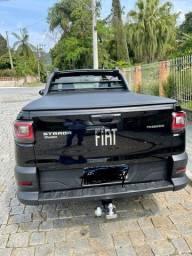 Título do anúncio: Fiat Strada Freedom CS 20/21 - Preta - câmera de ré e engate carretinha - baixíssima km