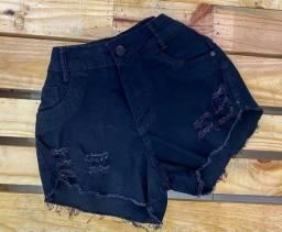 Short preto jeans
