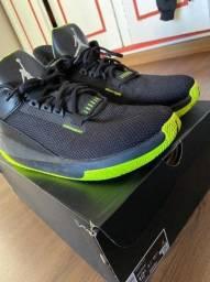 Vendo Air Jordan 2x3 Black Volt