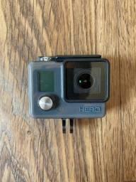Câmera Gopro Hero Basic - Praticamente nova na caixa!