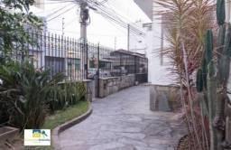 Casa com 6 Quartos e 3 banheiros para Alugar, 302 m² por R$ 6.200/Mês