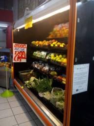 Balcão de verdura e refrigerados