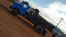 Título do anúncio: Caminhão 1113 caçamba