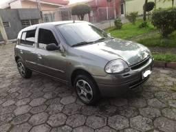 Título do anúncio: Renault Clio 2000 - Troco por Utilitario