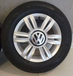 Jogo pneus + rodas originais VW UP