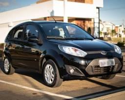 Ford Fiesta 1.0 2014, 1.0, apenas 24 mil km, 4 pneus continental novos.