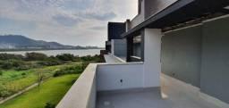 Título do anúncio: Cobertura para venda possui 342 metros quadrados com 3 quartos em João Paulo - Florianópol